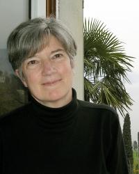 Linda Bierds photo